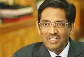 Subramaniam: Foreigners will soon pay actual medical costs
