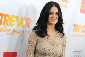 Katy Perry confronts Australia's Abbott on gay marriage