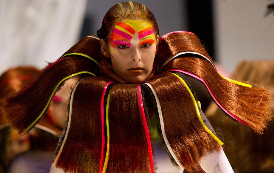 winnie loo, hair style, mercedes, fashion week, kuala lumpur
