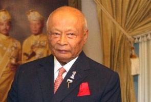 Tengku Abdullah cabar Sultan Ahmad Shah jawatan presiden FAM