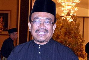 Phahrolrazi sedia jadi MB Kedah