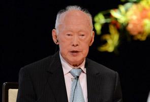 Polisi berdasarkan kaum letak M'sia dalam keadaan tidak menguntungkan - Lee Kuan Yew