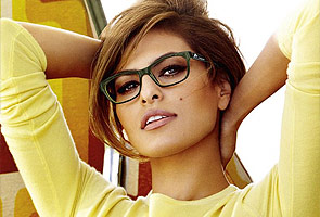 Eva Mendes, the new face of Vogue Eyewear