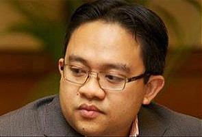 Muktamar PAS paling buang masa dalam sejarah terdekat - Wan Saiful