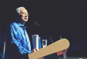 Najib will look into budgetary consideration for MIG-29n replacement programme