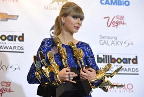 Taylor Swift menang besar 'Anugerah Billboard'
