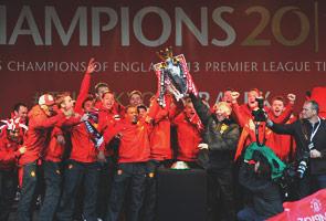 Manchester United raikan kemenangan