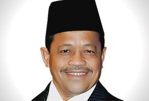RM200 juta adalah elaun, bukan bonus untuk SPR - Shahidan