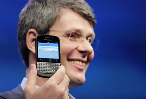 New Blackberry smartphones records its first quarter loss and poor sales