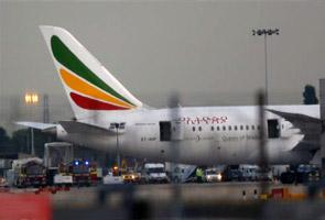 Kapal terbang Boeing terbakar