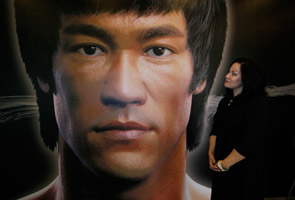 Hong Kong marks anniversary of Bruce Lee's death
