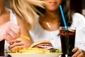 Ubah sikap makan berlebihan - Menteri Kesihatan