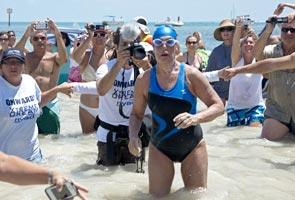 Wanita berumur 64 berjaya berenang dari Cuba ke Florida