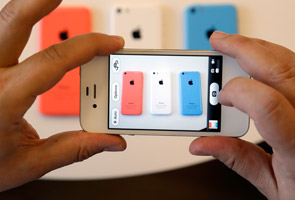 New iPhone 5C 'too costly for China': analysts, users
