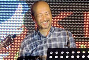 Calon Naib Presiden Umno: Mukhriz dahului calon Naib Presiden, Hishammuddin tercorot