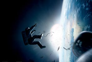 'Gravity' draws stellar reviews, awards buzz