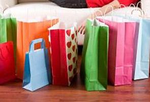 'Kawal nafsu dalam berbelanja, daripada merungut tentang harga barang naik'
