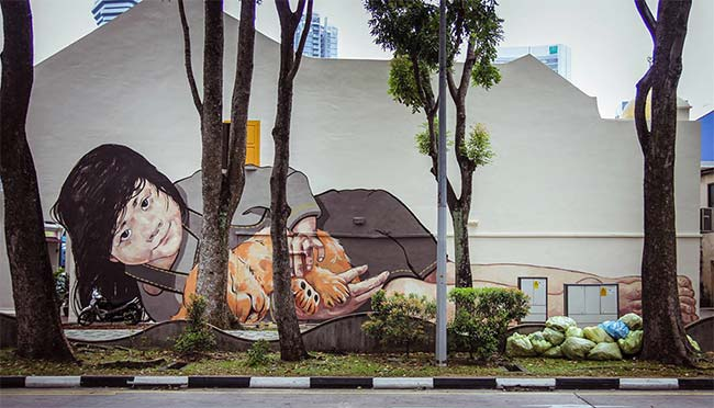 Dikecam di johor diminati di singapura astro awani for Mural untuk kanak kanak