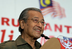 Dr Mahathir: Police right in taking action against PPS