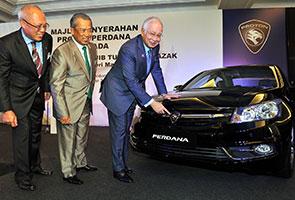 Najib lancar Proton Perdana berwajah baharu sebagai kenderaan rasmi kerajaan