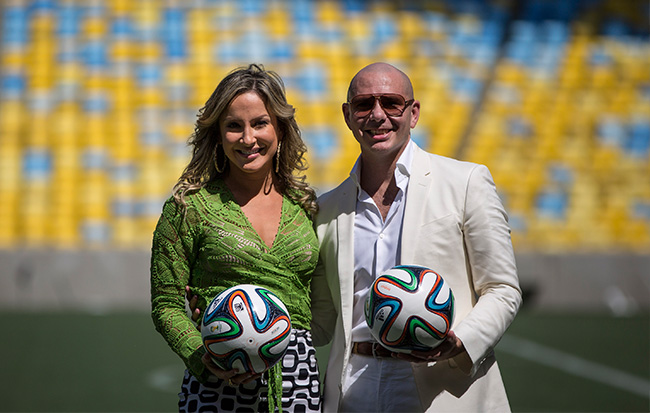Pitbul,Jlo to perform World Cup song