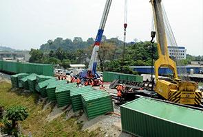 Kereta api tergelincir di Bukit Mertajam