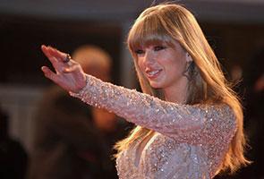 Taylor Swift lakar sejarah Billboard