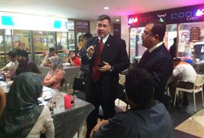Pemuda UMNO sedia bantu kakitangan PHSB yang dipecat