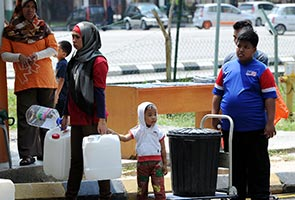 Malaysians must stop wasting water