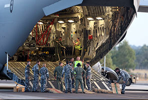 MH370: Lima pesawat lihat beberapa objek pelbagai warna terapung