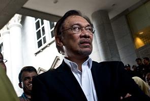 Anwar bersalah liwat Saiful, mahkamah hukum penjara 5 tahun