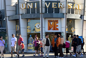 Universal perkenal 'Minion Mayhem' ke taman tema Hollywood