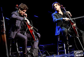 2CELLOS to play in Singapore May 22