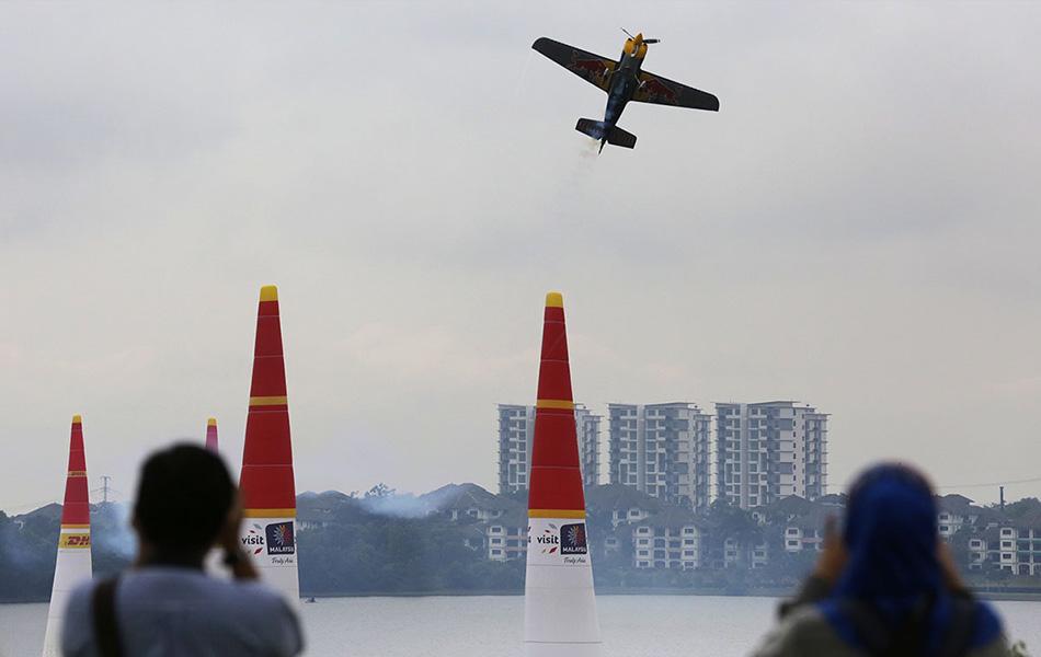 redbull air race, malaysia