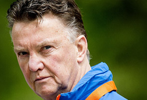WORLD CUP: VAN GAAL WANTS WATER BREAKS FOR MEXICO CLASH