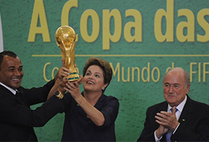 BLATTER PRESENTS WORLD CUP TROPHY TO BRAZILIAN PRESIDENT