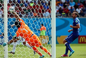 COSTA RICA KEJUTKAN ITALI 1-0