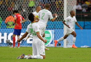 WORLD CUP: ALGERIA BEAT S. KOREA 4-2, FIRST TOURNAMENT VICTORY SINCE 1982