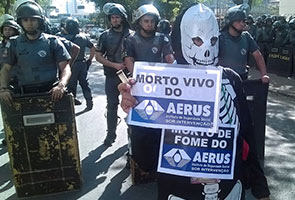 SAO PAULO POLICE CRACK DOWN ON ANTI-WORLD CUP PROTEST
