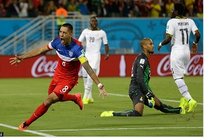 US SCORES LATE WINNER, BEATS GHANA 2-1