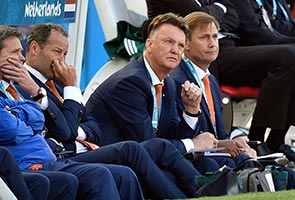 WORLD CUP: VAN GAAL - DUTCH MASTER ENJOYING HIS ORANGE PERIOD