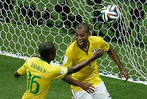 BRAZIL BEATS CAMEROON 4-1, MOVES INTO TOP 16