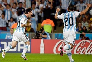 LIONEL MESSI SHINES AS ARGENTINA BEAT BOSNIA 2-1