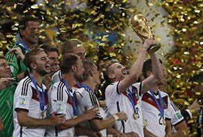 BALLS GALORE: WE HAVE A CHAMPION - GERMANY 2014!
