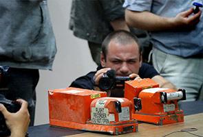 MH17: Puak pemisah serah dua kotak hitam kepada Malaysia