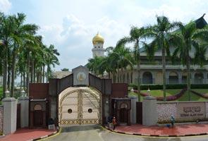 Istana tolak Wan Azizah, PKR cuba nasib sekali lagi - Sumber
