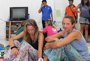 13 diselamatkan dua hari selepas bot pelancong karam