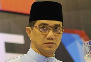 Ya, saya mahu tiru cara Jokowi - Azmin