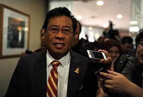 Abdul Khalid mohon maaf kepada rakyat Selangor akibat isu MB