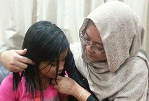Luluh hati anak saya tidak dapat ke AS dek kebocoran kertas UPSR - Ibu